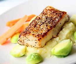 浪漫的西餐—香煎鳕鱼配土豆泥的做法