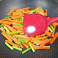 #元宵节美食大赏#胡萝卜炒腊肠的做法图解12