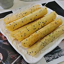 #我为奥运出食力#小零食——葱香脆皮蛋卷