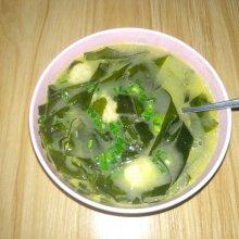 裙带菜炖鱼汤