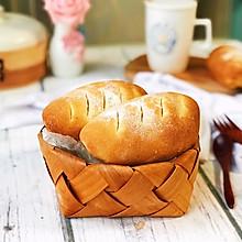 #精品菜谱挑战赛# 简易奶酪果仁欧包