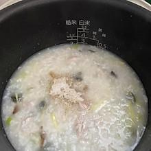 皮蛋瘦肉粥(电饭锅版)