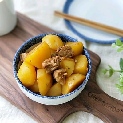 小土豆油焖五花肉的做法 步骤8