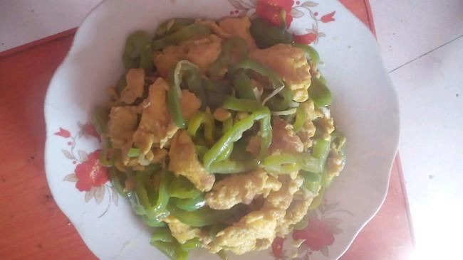 辣椒炒鸡蛋的做法