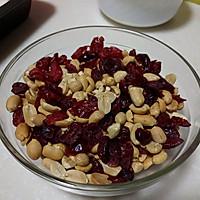 蔓越莓花生牛轧糖-棉花糖版的做法图解3