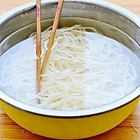 凉面也能吃出冰火两重天——酸辣鸡丝凉面的做法图解9