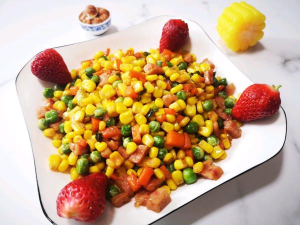 青豆香肠炒玉米粒的做法
