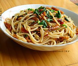 韭菜虾炒云南过桥米线的做法
