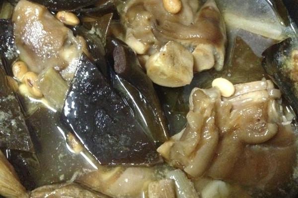 陶式 黄金美容猪蹄靓汤的做法