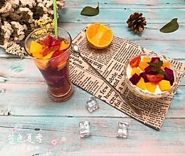 缤纷水果汁+鲜奶水果杯——两种口味一次满足的做法