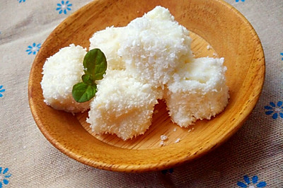 奶香十足的椰丝小方