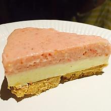 草莓白巧克力红白慕斯蛋糕