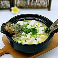 香菇豆腐鲫鱼汤#科学调养,食力呵护健康#的做法图解12