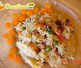 肉丁蔬菜焖饭的做法