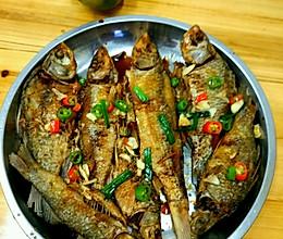 香煎小河鱼的做法