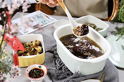 超下饭看这里:东安蒸鸡翅+豌豆尖蔬菜团子+菌菇乌鸡汤