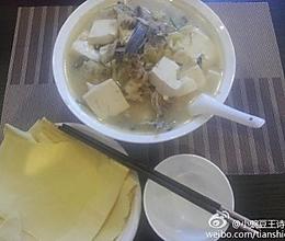 花鲢鱼头炖豆腐的做法