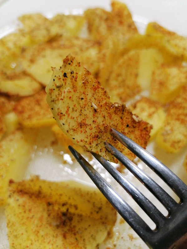 微波炉烤土豆的做法