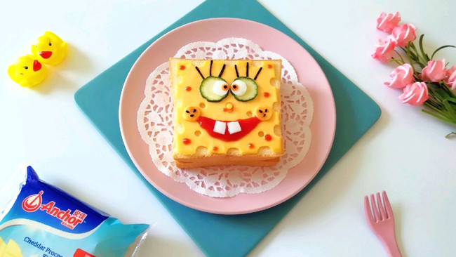 海绵宝宝芝士鸡蛋三明治#安佳儿童创意料理#的做法