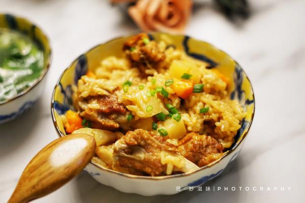 有饭有肉一锅搞定~土豆排骨焖饭