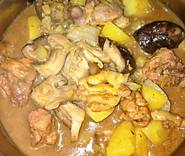 鸡肉炖蘑菇土豆的做法