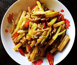 泡椒芹菜炒肉丝的做法