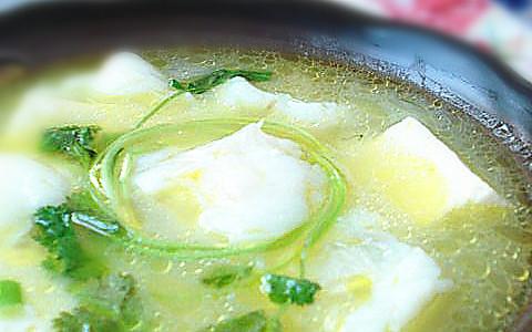 鳕鱼豆腐汤——冬季暖身的做法