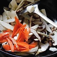 香菇茭白炒肉片的做法图解8
