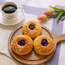 蓝莓爆浆小面包