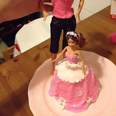 芭比蛋糕(翻糖)