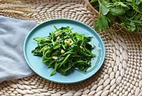 #精品菜谱挑战赛#素炒豌豆尖的做法
