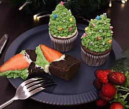 #今天吃什么#圣诞蛋糕系列一的做法