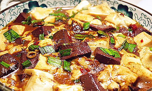 浓汤宝试用--红烩鸳鸯豆腐的做法