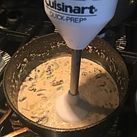 鸡丝奶油蘑菇汤 -《好先生》孙红雷打动主厨的做法图解8