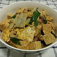 煎蛋香肠烩老豆腐