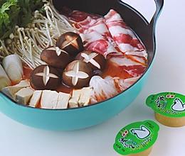 番茄肥牛小火锅|营养均衡,好吃看得见#浓汤宝火锅英雄争霸赛#的做法