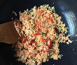 西红柿炒饭的做法