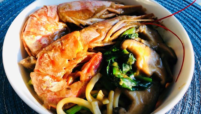 香菇虾鸡汤面