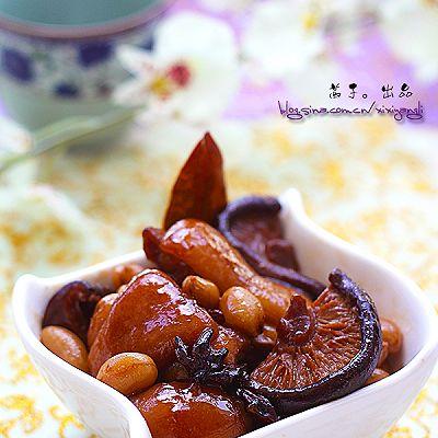 香菇花生煲猪脚