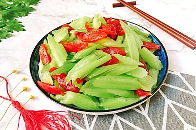 芹菜炒广腊肠
