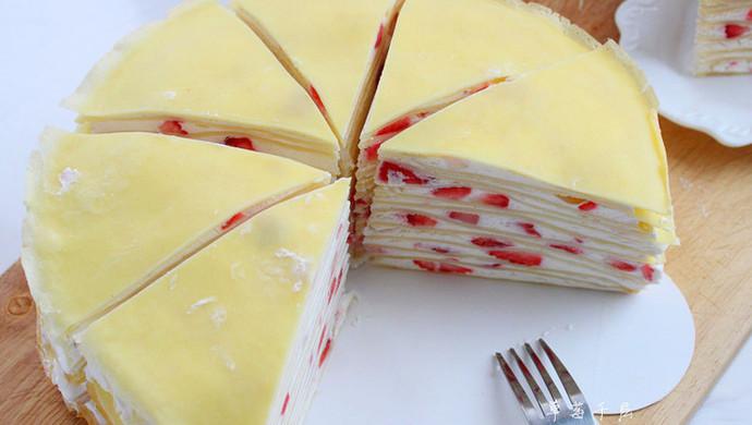 草莓,芒果千层蛋糕