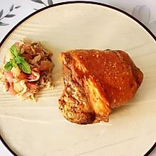家庭版德式烤肘子配酸椰菜