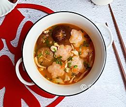 #钟于经典传统味#花开富贵之番茄菌菇虾滑汤的做法