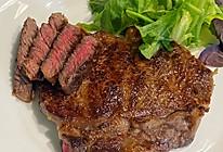 #全电厨王料理挑战赛热力开战!#香煎牛排的做法