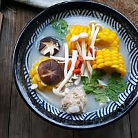 菌菇玉米排骨汤#春天肉菜这样吃#的做法图解10