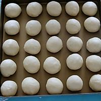 奶香小面包的做法图解7