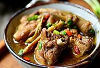 冬季餐桌上的滋补——菜扁尖炖老鸭的做法