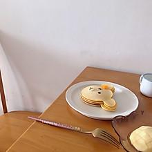 可爱的小熊松饼