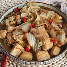 白菜五花肉炖豆腐