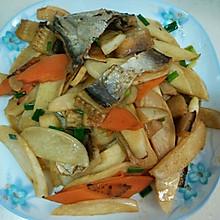 茭白炒鳗鱼干